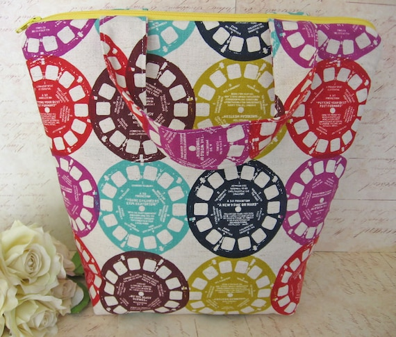 Cool Insulated Lunch Bag / lunch Tote / View Master- Reusable