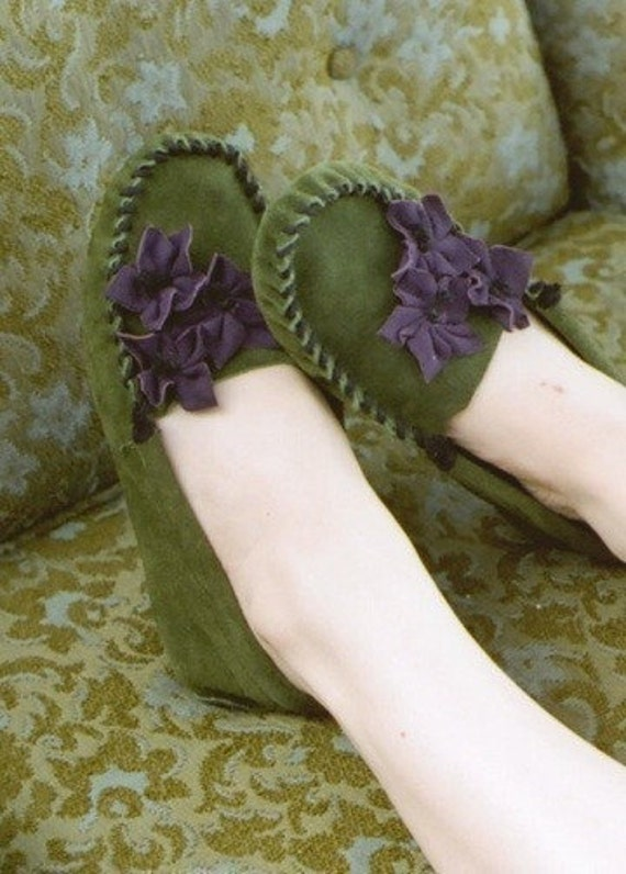 Tiger Lily Moccasin Green - Women's Sizes 5-11