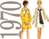 70s Mini Dress Vintage Pattern - B32 - Simplicity 9182 - Uncut, Factory Folds