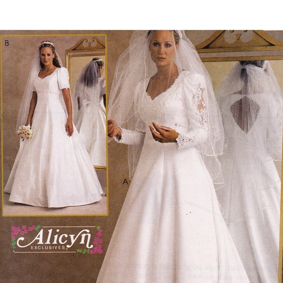 Backless bridal gown sewing pattern plus size mccalls 2532 for Wedding dress patterns plus size