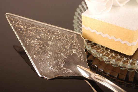 Sheffield Silverplated Cake Server With Ornate Scroll And