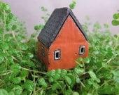 Plantable Cottage...for Pot Garden or Moss Terrarium
