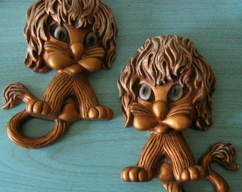 Vintage Gold Tone Lions Kitsch Wall Hangings