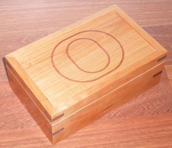 Oregon Duck Keepsake / Valet Box Made from Cherry and Walnut