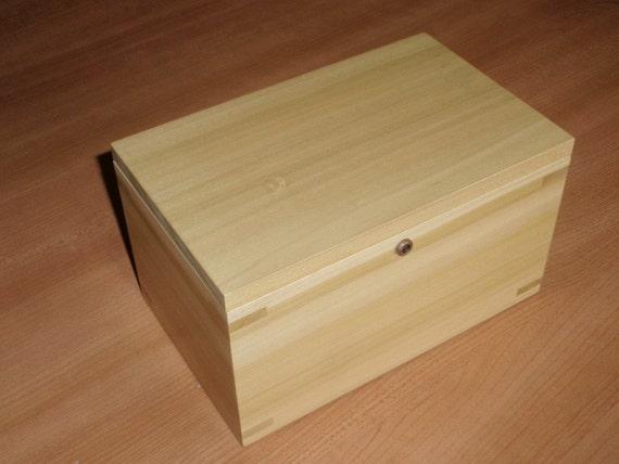 Hinge-less Locking Memory Box Made of Poplar