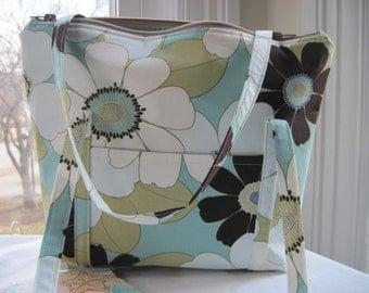 Floral Pocketbook