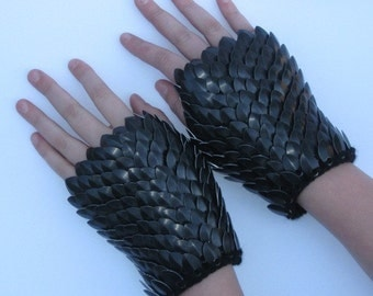 Scale Mail Gauntlets in knitted Dragonhide Armor Choose your size Black