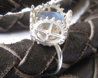 Steampunk Gear Ring in Labradorite and Sterling Silver