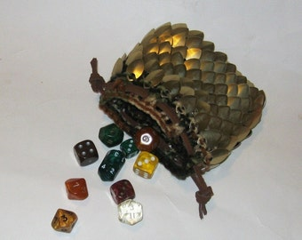 Dragon Scale Dice Bag in knitted Dragonhide Armor Elven Gold