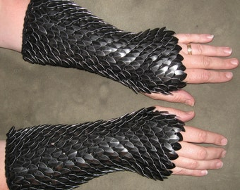 Scalemail Armor Dragonhide Knitted Gauntlets made to order