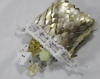 Scalemail Dice Bag in knitted Dragonhide Armor Chaotic Good