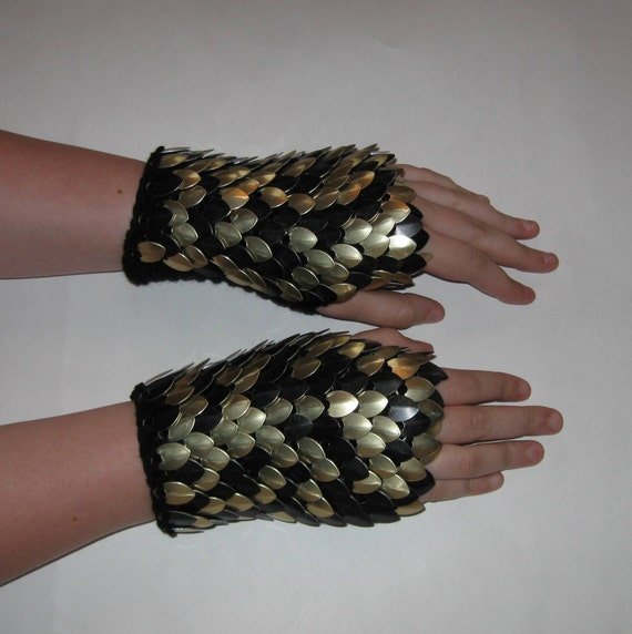 Scale Maille Gauntlets Knitted Dragonhide Armor Black and Gold
