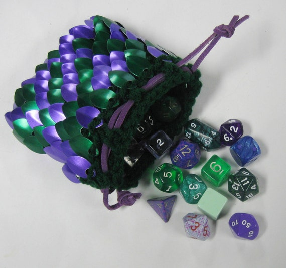 Scalemail Dice Bag in knitted Dragonhide Armor