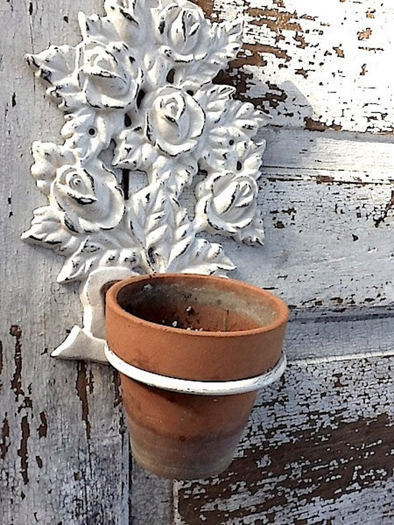 Wall Plant Holder Cast Iron Cottage Style Garden Wall Decor