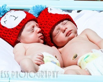 Thing 1 Thing 2 crochet baby hats. Cat in the hat twin newborn hats. Made to order, twins crochet props, photography props, twins crochet