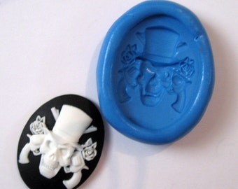 Guns and Roses Skull  cameo Flexible Silicone Push Mold for Polymer clay, Resin,Wax,Miniature Food,Sweets and more..