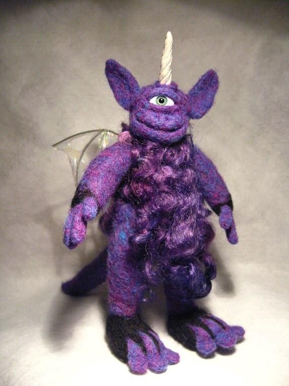 Wee Beastie - Paul the Purple People Eater - Needle Felted Pocket Monster