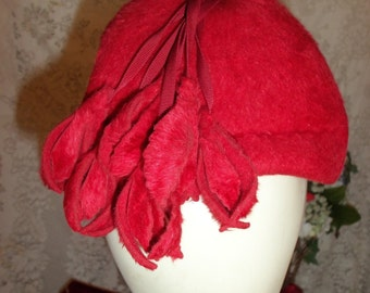 Vintage 40s  Red Wool Hat Made in Italy