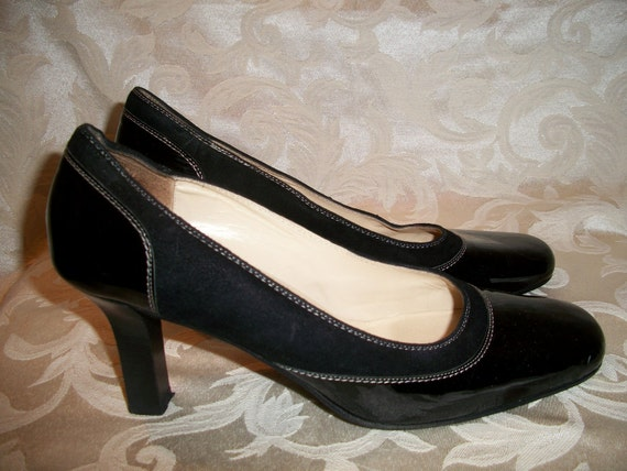 Vintage Ann Taylor Black Pumps Made in Italy   SALE 50.00