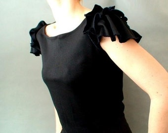 Cropped t shirt, organic cotton top, handmade clothing, pleated top