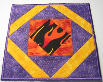 Purple fire plate mat (tan triangles)