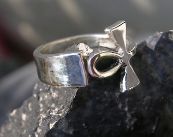 Sterling Silver Ankh Ring Size 6.5