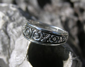 Sterling Silver Rose Ring Band