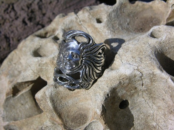 Sterling Silver Lady of the Wind Ring
