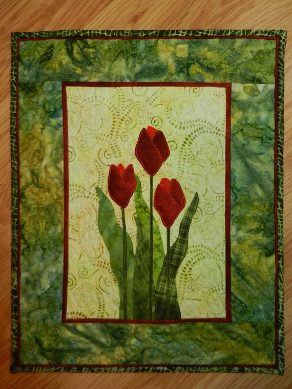 Red Tulip Quilted Wall Hanging Applique By Moderncottagemarket