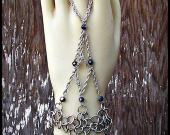 Chainmail handweb handflower slave bracelet stainless steel Jet Black Rainbow