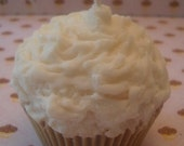 Creme Brulee Scented Soy Wax Cupcake Candle