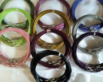 Clearance 40 Wire Necklaces 18 inch, You will receive a mix.