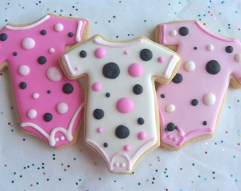 GOOD N  PLENTY - Baby Onesie Cookie Favors - Baby Onesie Decorated Cookies - 1 Dozen