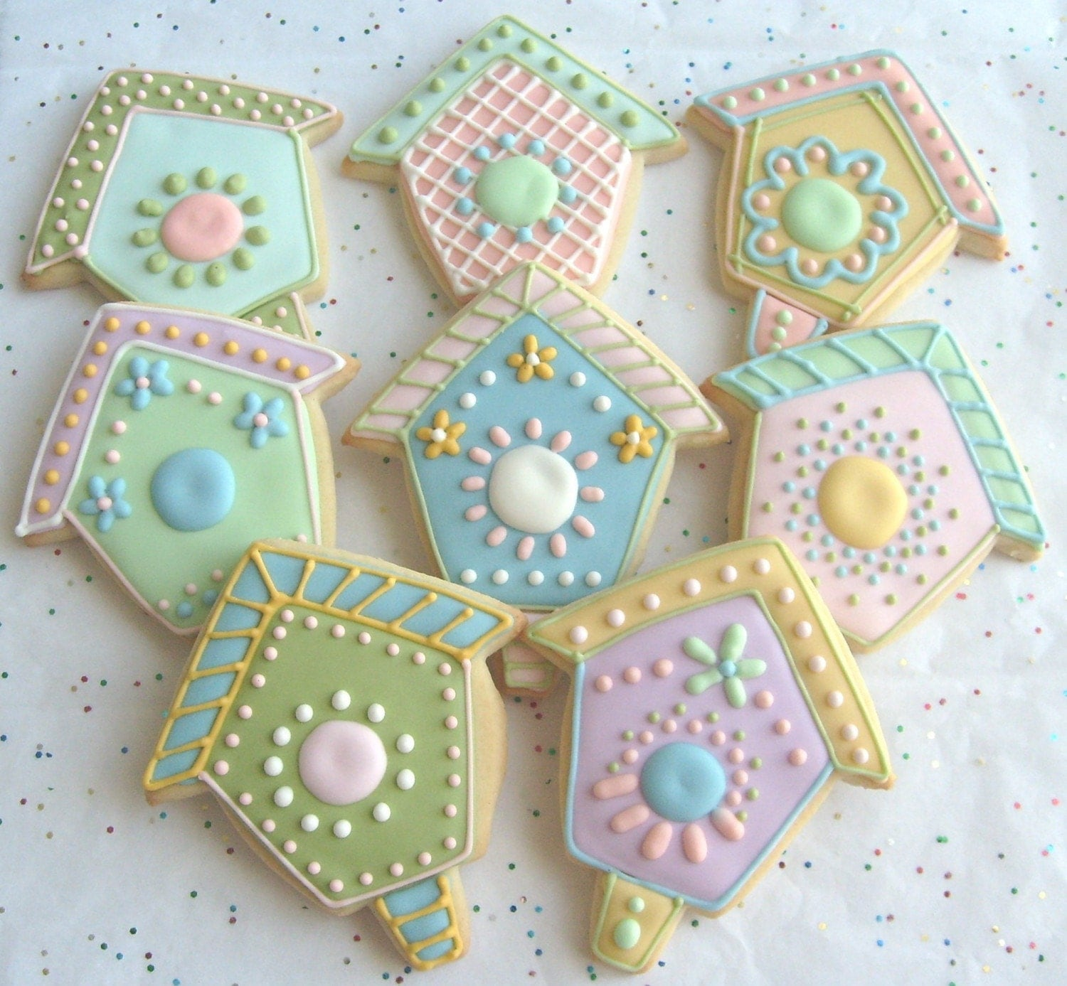 Bird house decorated cookie favors bird house decorated - Decorated houses ...