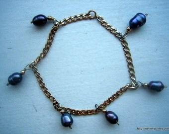 Vintage Chain Bracelet and Baroque Black Pearl