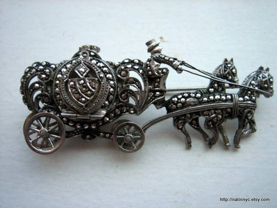 Vintage Silver\/Marcasite Carriage Figural Pin with Working Watch