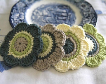 Set of 4 pcs Organic Cotton Crochet Flower Appliques in Lime, Malachite, Sand and Lemon