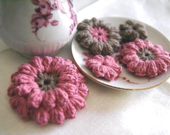 Set of 5 pcs Organic Cotton Crochet Flower Appliques in Raspberry and Ammonite