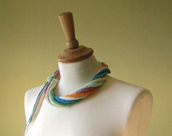 Multicolor crochet necklace