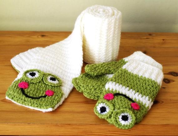 Cartoon Frog Handmade Crocheted Children Scarf & Mittens Set