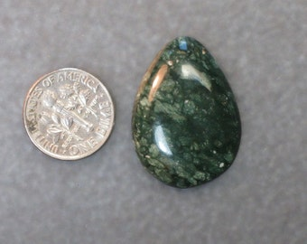 PREHISTORIC FOSSILIZED BONE green teardrop shaped cabochon 1