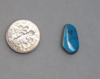 FREE form turquoise cabochon 1