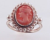 Cameo & Pearl Ring