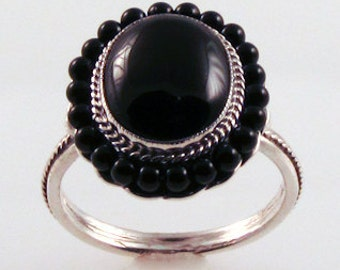 Basic Black Onyx Bead Ring - in silver