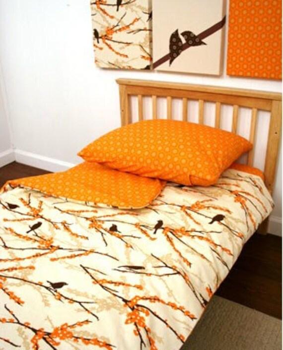 CLEARANCE SALE Toddler Duvet - Orange Birds\/Orange Burst