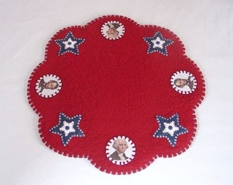 Patriotic Design Penny Rug Style Candle, Table, or Tree Mat - 15 Inches