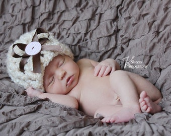Newborn Creamy and Fuzzy cloche crochet baby hat infant clothing. Sweet Photography prop.