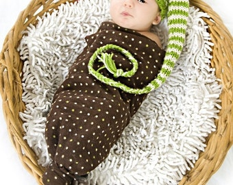Apple green and cream  Pixie hat - newborn photo shoot prop - hand knit - many colours - baby girl boy long style pixie hat