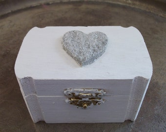 Alternative Silver Wedding Gifts : Beautiful Shabby Chic Silver and White Wedding ring Bearers Pillow Box ...