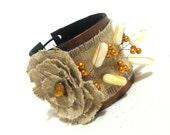 Linen leather bracelet with flower